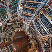 china va construi cel mai mare accelerator de particule din lume
