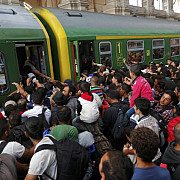 marea britanie accepta mii de imigranti peste cota stabilita de ue