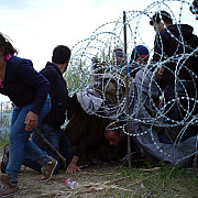 record de sosiri in ungaria duminica au intrat aproape 6000 de imigranti