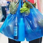 pungile de plastic vor fi interzise in magazinele din franta din 1 iulie