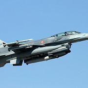 avioane de lupta ale turciei au pastruns in spatiul aerian al greciei