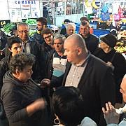 cristian ganea primarul interimar al ploiestiului intalnire cu ploiestenii din zona de nord a orasului foto