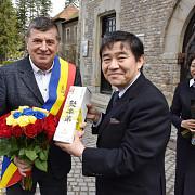 ambasadorul japoniei in vizita la busteni