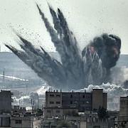 lovitura uriasa primita de stat islamic americanii au bombardat depozitul in care teroristii aveau 800 de milioane de dolari