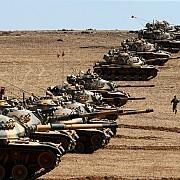 armata turca a lansat o ofensiva in nordul siriei
