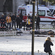 atac cu masina-capcana in turcia