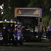 bilantul atentatului de la nisa a crescut la 85 de morti dupa ce un barbat a decedat ca urmare a ranilor suferite in atac