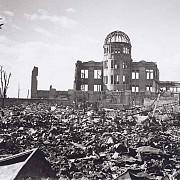 71 de ani de la atacul nuclear de la hiroshima japonia militeaza pentru o lume fara arme atomice
