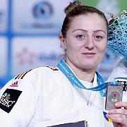 corina caprioriu s-a calificat in semifinale la categoria 57 de kilograme la jo de la rio