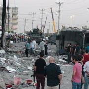 atac cu masina-capcana soldat cu moartea a cel putin cinci persoane in fata unui spital din turcia