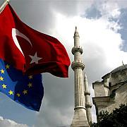 ministrul de externe al turciei uniunea europeana ne umileste