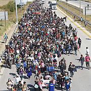 turcii bat cu pumnul in masa si ameninta ca deschid robinetul imigratiei spre europa