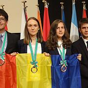 medalie de argint la olimpiada internationala de stiinte ale pamantului pentru o eleva de la colegiul national mihai viteazul din ploiesti