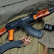 un suspect de terorism care avea un kalasnikov a fost retinut la rotterdam