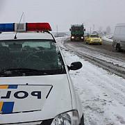 se circula in conditii de iarna sfaturi pentru soferii din trafic