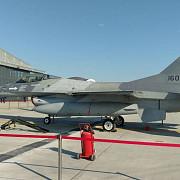 inca trei avioane f16 au ajuns la baza de la fetesti