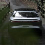 tesla are o rivala electrica de lux cu autonomie de 640 de kilometri