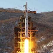 coreea de nord anunta ca va lansa un satelit japonia se teme de un atac cu racheta