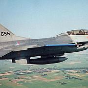 avioane de lupta olandeze au atacat tinte si in siria