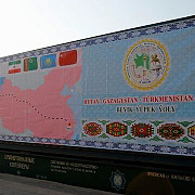 un tren reface drumul matasii intre china si iran