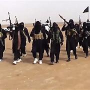 atac kamikaze al jihadistilor si asupra unei baze militare din irak