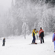 preturile abonamentelor de o zi la schi in austria au depasit pentru prima data 50 de euro
