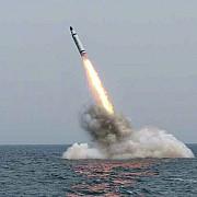 video coreea de nord a publicat imagini cu lansarea unei rachete de pe un submarin