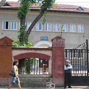 scandal la colegiul jean monnet din ploiesti copii umiliti si agresati de catre angajatii scolii
