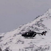 11 militari din legiunea franceza au fost surprinsi de o avalansa in alpi