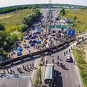 comisia europeana ar putea suspenda spatiul schengen