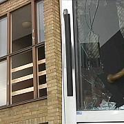 un nou incident 19 tineri imigranti au devastat un centru de refugiati din suedia