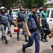 criza ostaticilor din dhaka s-a incheiat doi politisti si 20 de civili au fost ucisi un terorist a fost capturat in viata