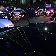 patru ofiteri de politie au fost ucisi de lunetisti in timpul unui protest la dallas