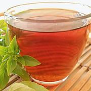 in zilele toride este recomandat sa beti ceai cald