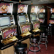 patru infractori cu cetatenie romana au spart un cazinou din hamburg