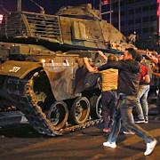 criza din turcia guvernul sustine ca lovitura a fost inabusita bilantul luptelor a ajuns la 265 de morti