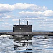 un submarin militar britanic de ultima generatie s-a ciocnit cu un vas comercial in largul coastei gibraltarului
