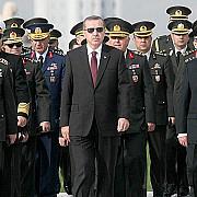 prigoana continua in turcia 149 de generali si amirali demisi peste 130 de mijloace media inchise