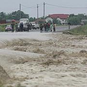 cod rosu de inundatii in sase judete doi oameni si-au pierdut viata