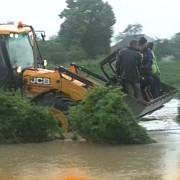 circulatia e intrerupta pe mai multe drumuri nationale din cauza inundatiilor