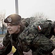 polonia infiinteaza forte paramilitare pentru a suplimenta efectivele pe fondul tensiunilor cu rusia