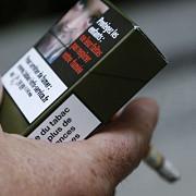 initiativa pachetele de tigari vor avea cea mai urata culoare din lume pentru a ajuta la reducerea numarului fumatorilor