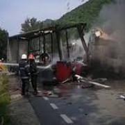 accident in lant pe dn 6 doua tir-uri au luat foc si doi soferi si-au pierdut viata