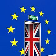 comisarul ue din partea marii britanii a demisionat