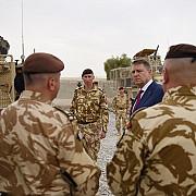 iohannis a sarbatorit pastele alaturi de militarii din afganistan