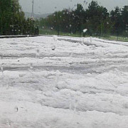 fenomene meteorologice extreme in prahova foto