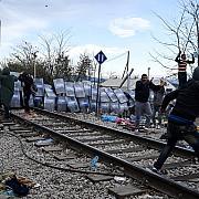 foarte bine zeci de imigranti au disparut cand au auzit ca vor fi relocati in romania