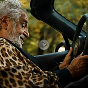 fiat compara noul 124 spider cu o pastila de viagra video