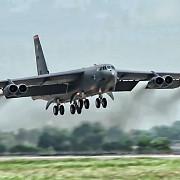 un bombardier american b-52 s-a prabusit in guam