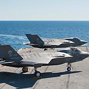 doua avioane f 35 lightning vor fi aduse in europa